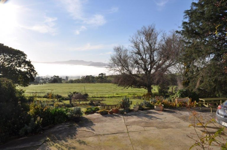 Breathtaking view of Roslyn House B&B in the Derwent Valley